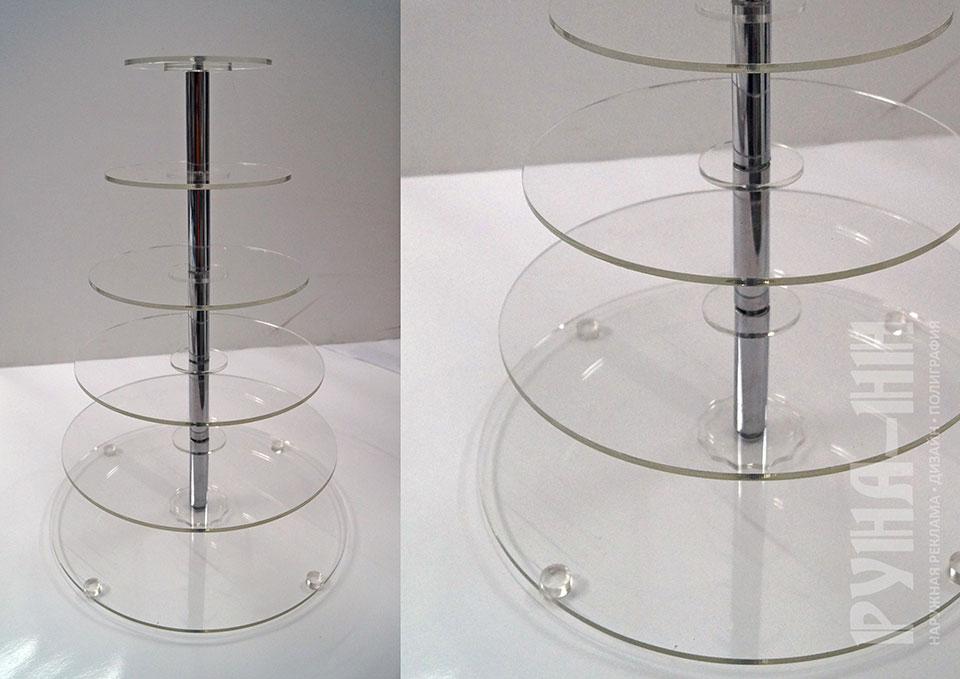022 - Пирожница из оргстекла. . Полки для кондитерских изделий. Оргстекло. Хромированная трубка. Разборная конструкция.