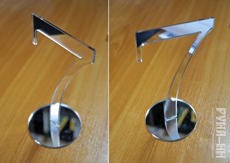 049 - Цифры - Зеркальный акрил, лазерная резка, метод крепления - шип-паз