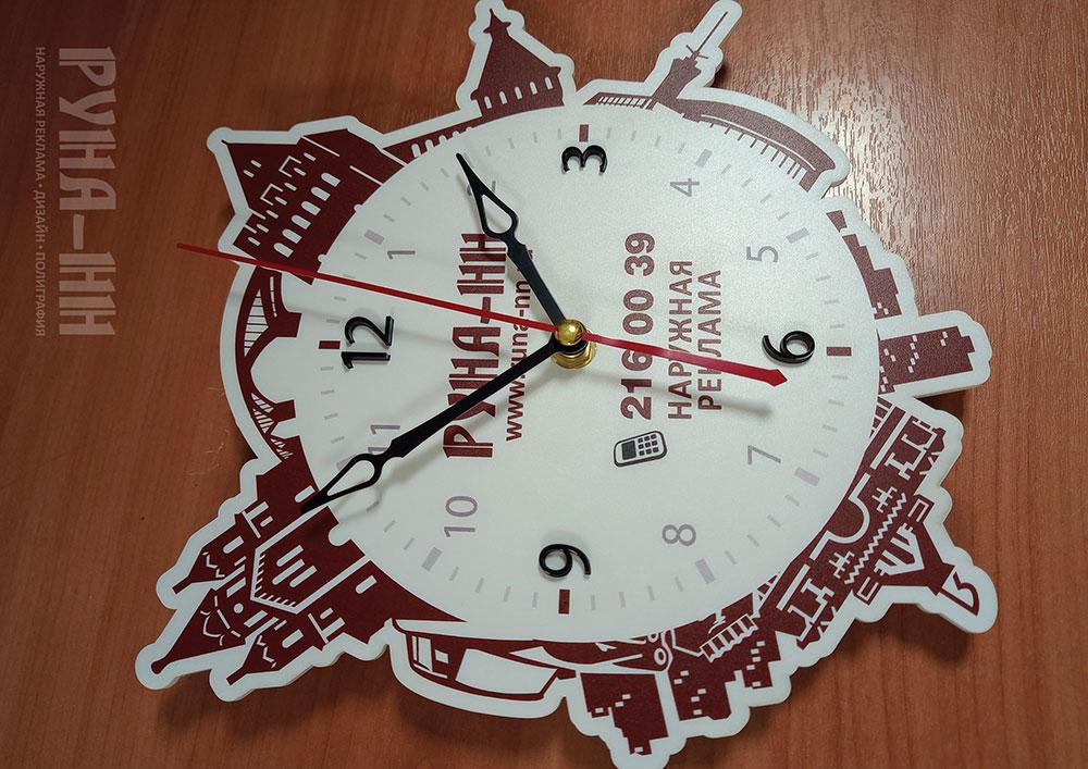 067 - Часы - УФ печать на молочном акриле, лазерная резка